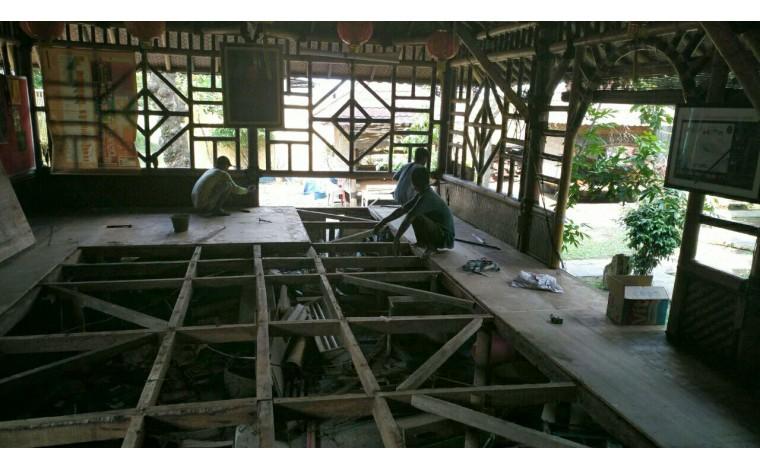 Dana Renovasi Lantai Dhammasala di Pondok Meditasi